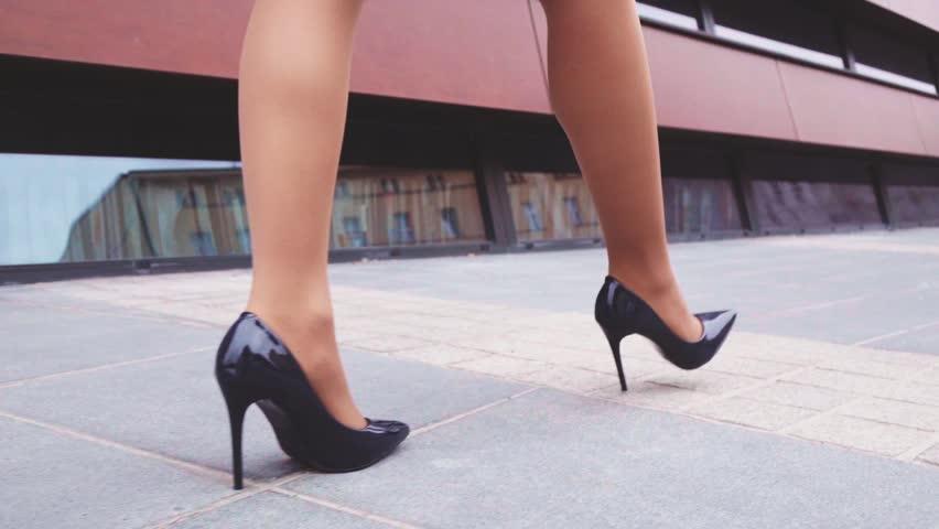 Sexy černé lodičky na vysokém podpatku